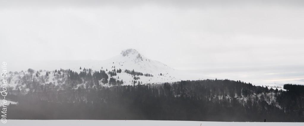 Vue sur le Roc de Courlande 1496m d'altitude
