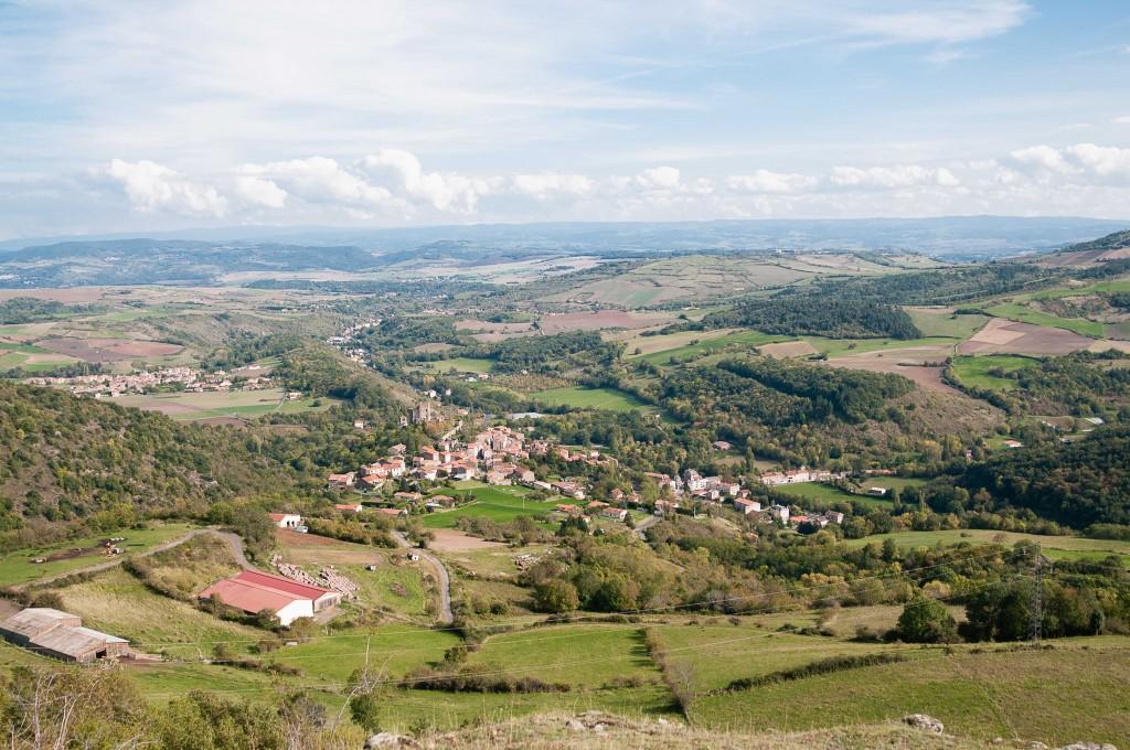 Vue sur le château de Montaigut le Blanc